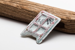 Helen Moriarty | Cedar Window Brooch